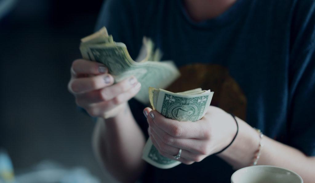 Если вы ваши доходы не растут уже не первый год, то вам стоит задуматься над ситуацией.
